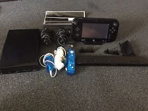 Nintendo Wii U + 12 games Tuncurry Great Lakes Area Preview