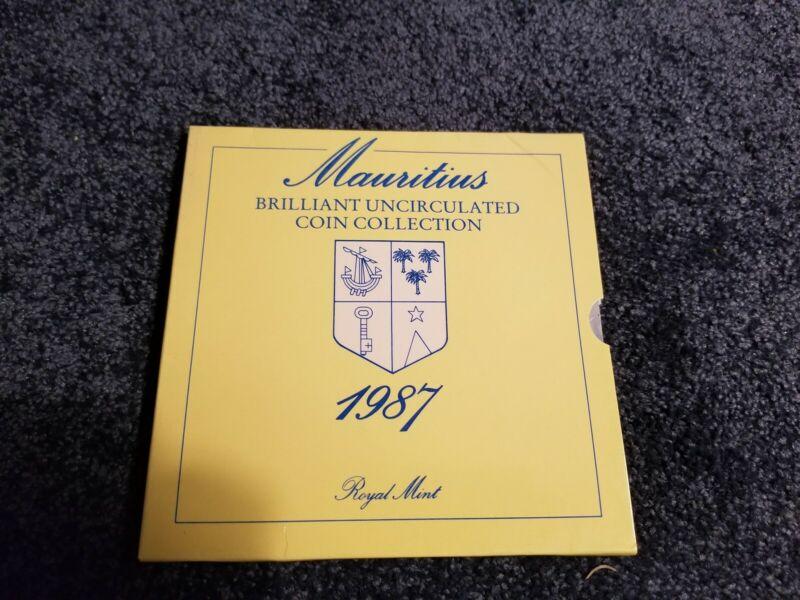 Mauritius UNC Uncirculated Mint Set - 1987 - Royal Mint - Presentation Holder