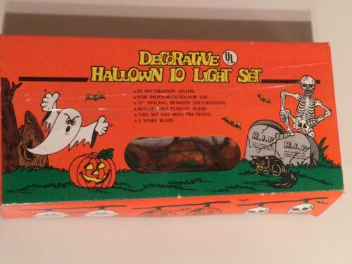 Vintage UL Halloween Plastic Pumpkin String Light Set of 10 Tested Works w/ Box
