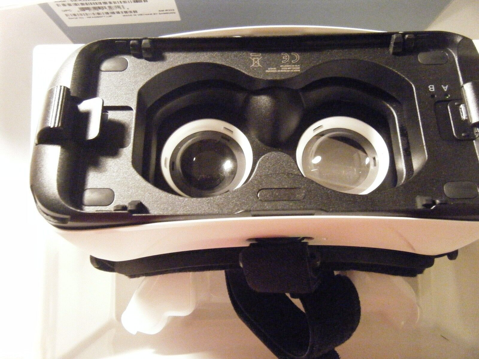 Samsung Gear VR Virtual Reality Headset for Samsung Galaxy Note 5 S6 S7 Edge OEM