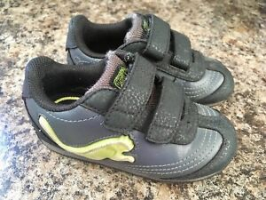 ~Light-Up Puma Sneakers, size 6 - $25~