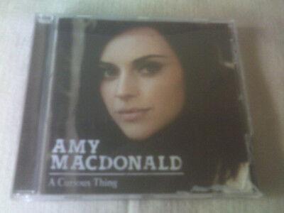 AMY MACDONALD - A CURIOUS THING - 2010 CD ALBUM, occasion d'occasion  Expédié en Belgium