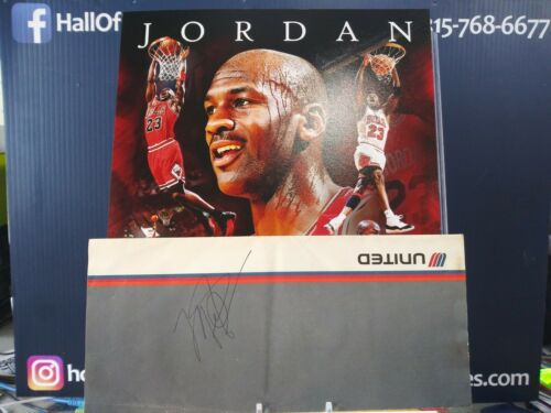 """MICHAEL JORDAN UNTIED AIRLINES SIGNED BOARDING PASS BOOKLET JSA - """"COME FLY ME"""""""