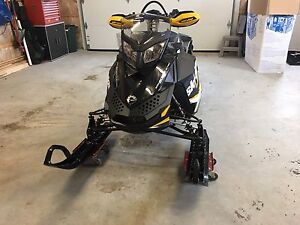 Ski-doo Renegade backcountry X 800 Etec 2012