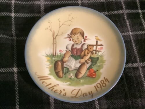 Mother's Day 1984 Berta Hummel Inspired Plate1984 Free Ship