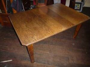Antique Walnut Dining Table Good Condition