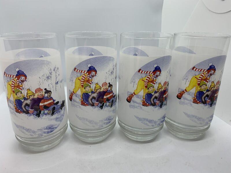Vintage Mcdonalds Christmas Glasses Set Of 4 Rare!