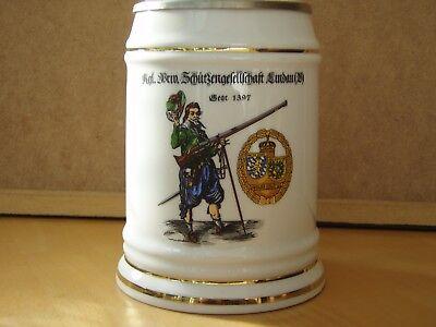 Schützenbierkrug 0,5 l  aus Porzellan mit Zinndeckel