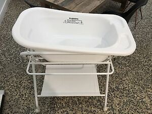 Baby bath with stand Coolamon Coolamon Area Preview