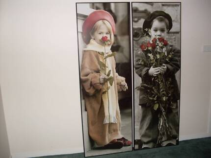 2 large wall hanging picture frames