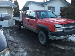 Chevrolet pick up for sale LOW  Kms