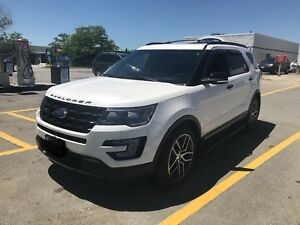 Ford Explorer sport 2017 very clean