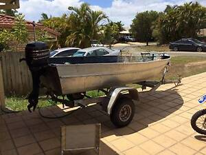 tinnie 13ft rego trailer 7.5hp outboard Murrumba Downs Pine Rivers Area Preview