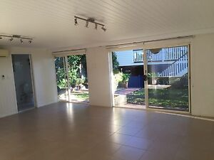 2 bedroom granny flat in sought after kelvin grove Kelvin Grove Brisbane North West Preview