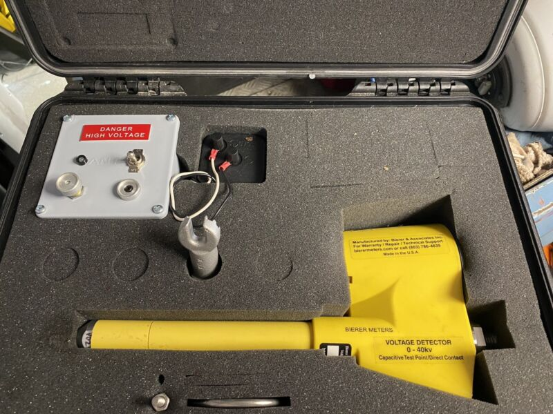 Bierer-Analog-Voltage-Detector-VDA040C