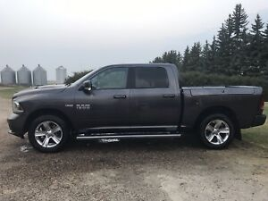 2016 RAM Sport 1500 loaded