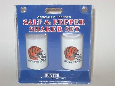 Cincinnati Bengals Ceramic Salt & Pepper Shaker Set With Team Logo Logo Shaker Set