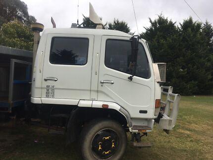 Mitisibishi Dual Cab Truck.