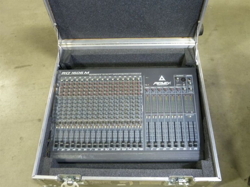 Peavey RQ1606M Reference Quality Front Of House Mixing Console with Road Case
