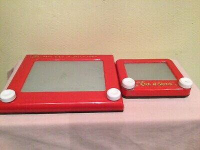 OHIO ART ETCH A SKETCH TRAVEL SIZE AND CLASSIC SIZE DRAWING TOY, LOT OF 2,