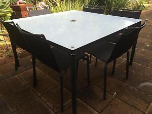 6 Seater Outdoor Dining setting Trott Park Marion Area Preview