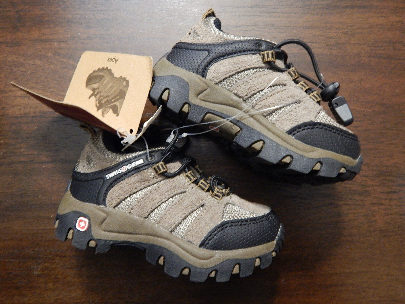 NIB SWISS GEAR Toddler Baby Boy or Girl Apex Hiking Shoes Size 5