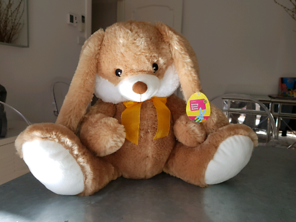Easter gifts in melbourne region vic gumtree australia free bnwt sitting easter bunny 35cm negle Gallery