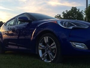 2014 Hyundai Veloster w Tech Package