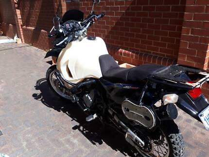 2010 Kawasaki KLR650 Lot of accesories and mods