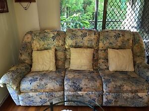 Lounge Suite 3 Piece with a 3 seater and 2 Recliners. Chapel Hill Brisbane North West Preview