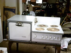 vintage electric stove vintage 1930 s electric stove porcelin burners and side oven