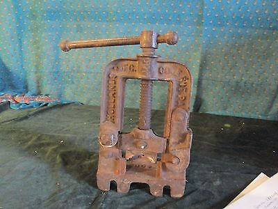 Vintage Pipe Clamp Cutter Vise Tool Works Cast Iron Bench Hollands Mfg 400