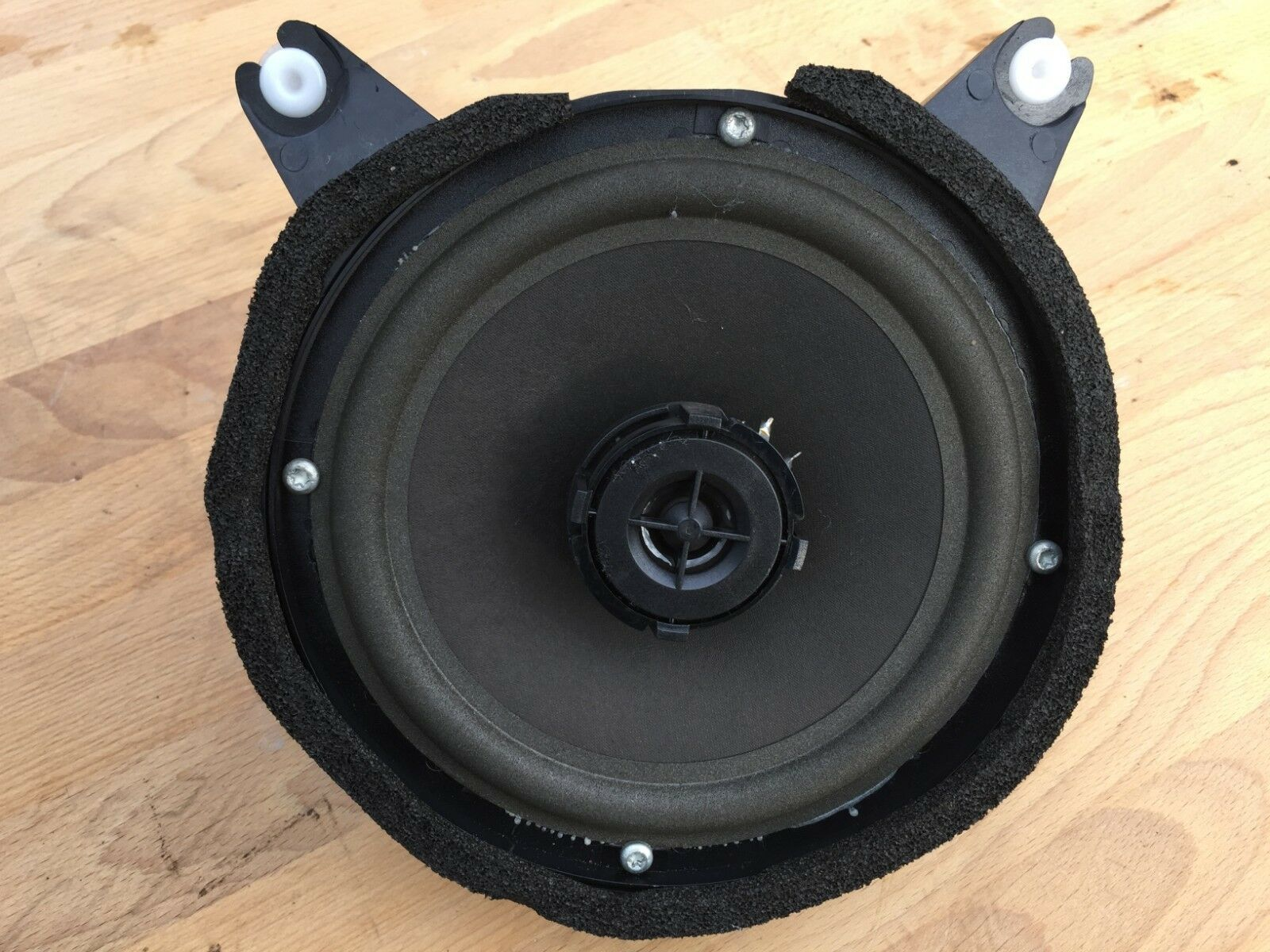 Genuine Volvo V70 Classic REAR Door Bass Speakers - 2 Available