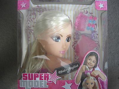 Simba 105560160 Super Model Steffi Frisierkopf mit Zubehör 17 cm Hair Stylist