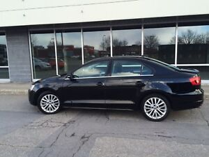 VW Jetta 2.5L - HighLine 2012 - fully equipped