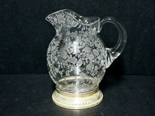 Cambridge Chantilly 3900/117 Milk Pitcher 20 Ounce with Sterling Silver Base