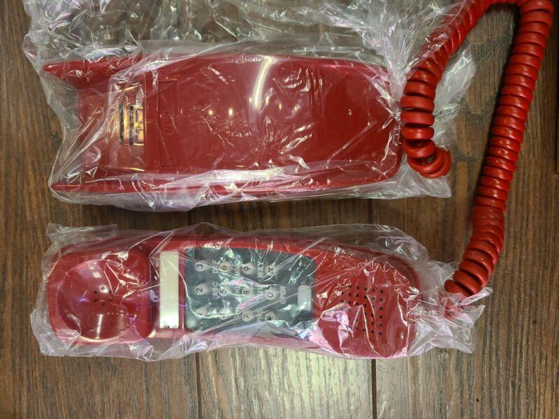 Vintage ITT Trendline Cherry Red Wall Telephone NOS 225447 3-79