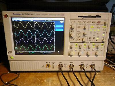Tektronix Tds5054b 500mhz 5gss Oscilloscope With Touchscreen.