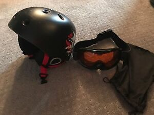 Snow board helmet a googles for a youth. Great shape like new
