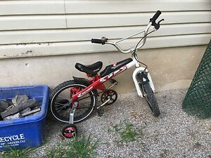 Boys 16in tire bike with training wheels