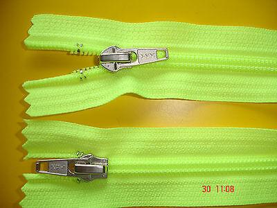 1 Reißverschluß ykk neongrün 70cm, 2-Wege-RV Kunststoffzähne X19