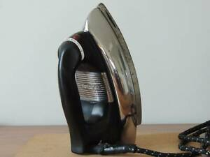 Working 1950s retro Hotpoint DeLuxe Automatic electric iron