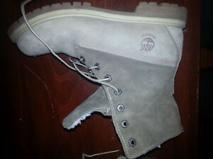 Timberland boots Women's size 10.5 / Mens 8.5