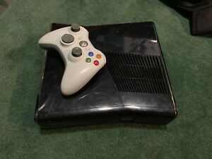 Xbox 360 slim for sale (no hard drive)