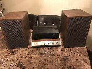 Vintage (60s)Viking Record Player & Speakers