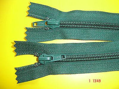 1 Reißverschluß ykk dunkelgrün 58cm, 2-Wege-RV Kunststoffzähne X61