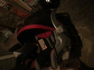 mint cond. new enfant car seat made nov 2014 not expired