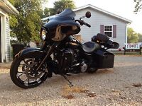 2012 HARLEY DAVIDSON STREET GLIDE FLHX CUSTOM BLACK OUT