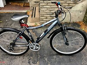 "26"", 21-SPDS INFINITY TOFINO HYBRID BIKE IN NEW CONDITION"