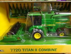 NEW John Deere 7720 Titan II Combine with Heads 1/64 Scale, Ages 3+ (LP51305)